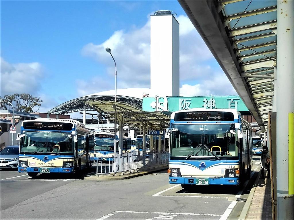 阪神甲子園バスターミナル