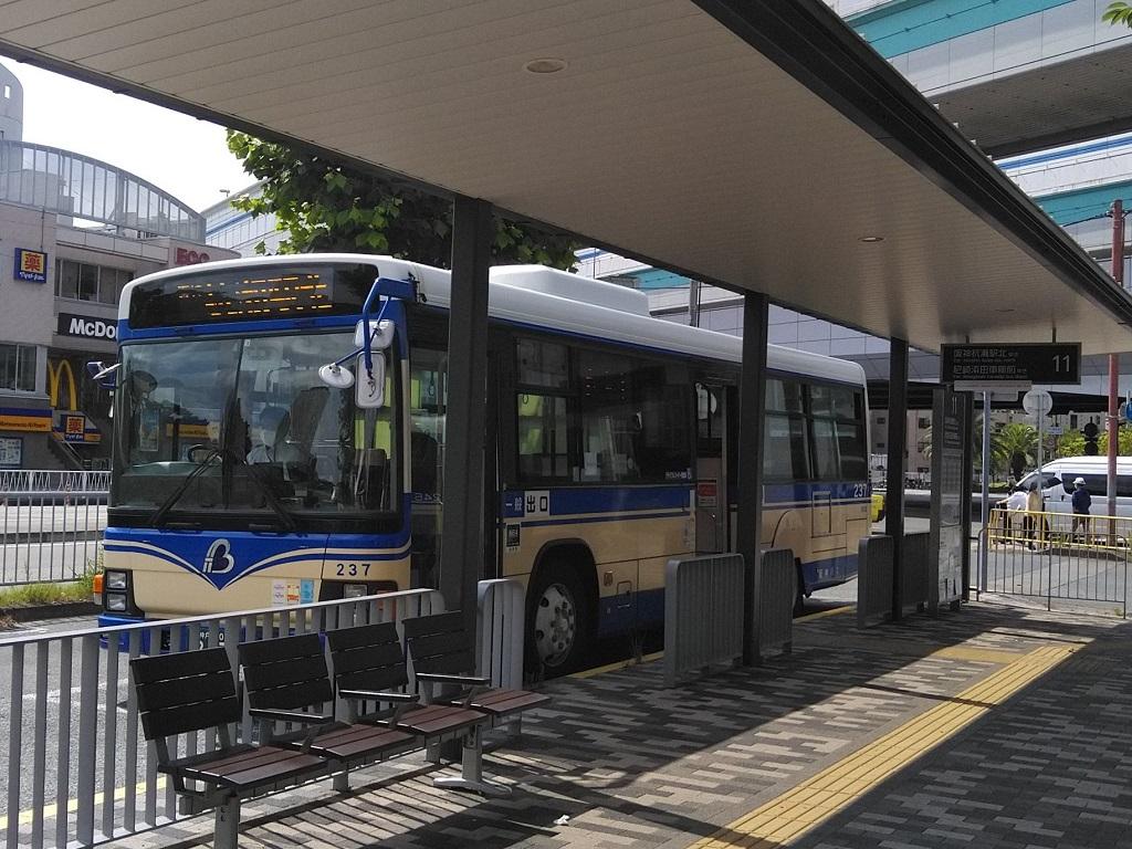 阪神杭瀬駅北行きのバス